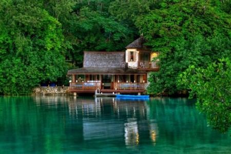Jamaica Offers Travelers a Hollywood-Infused Getaway
