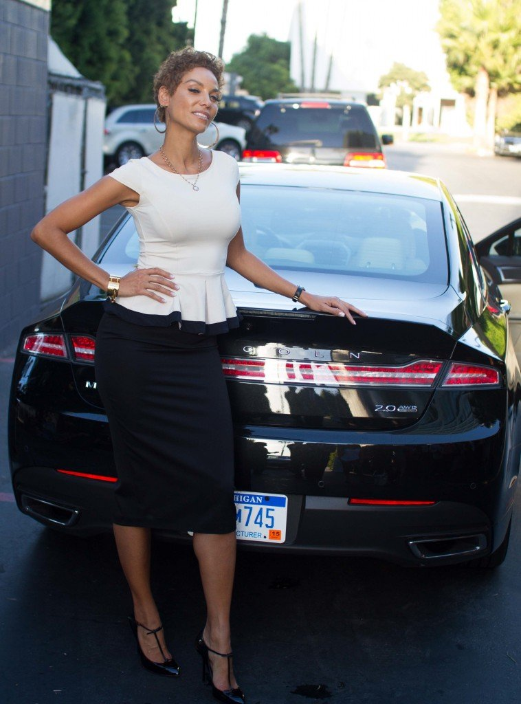 Nicole Murphy - Lincoln Lifestyle-Afternoon of Indulgence.......065