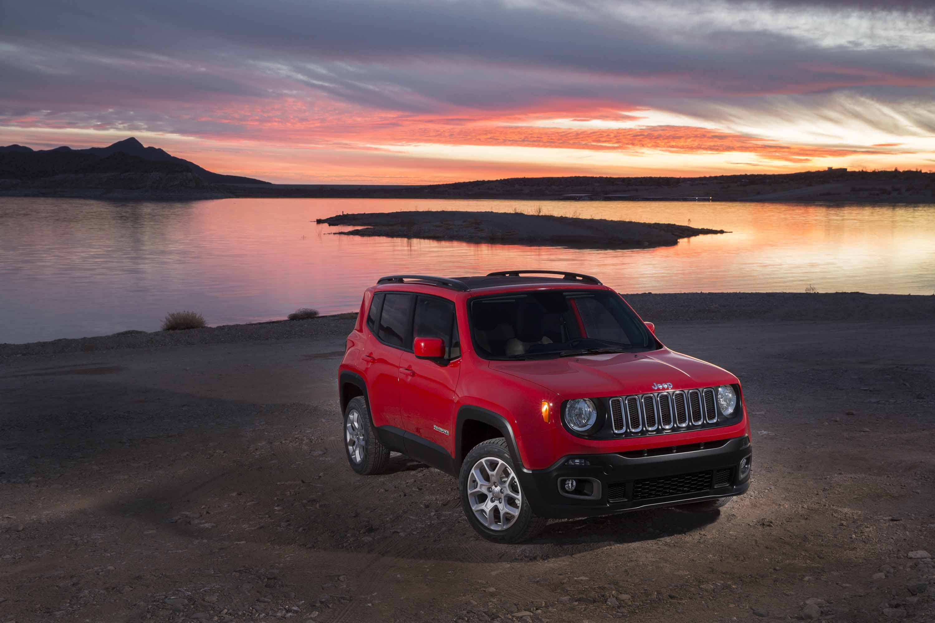 2015 Jeep Renegade  Small  But Rough  Rugged  U0026 Raw