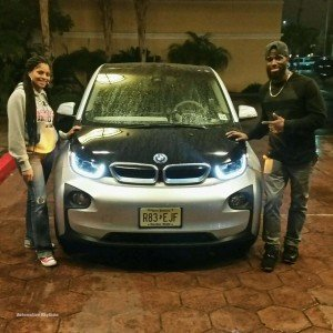 BMW_Electrifies_Super_Bowl_XLIX_with_i8_i3....43