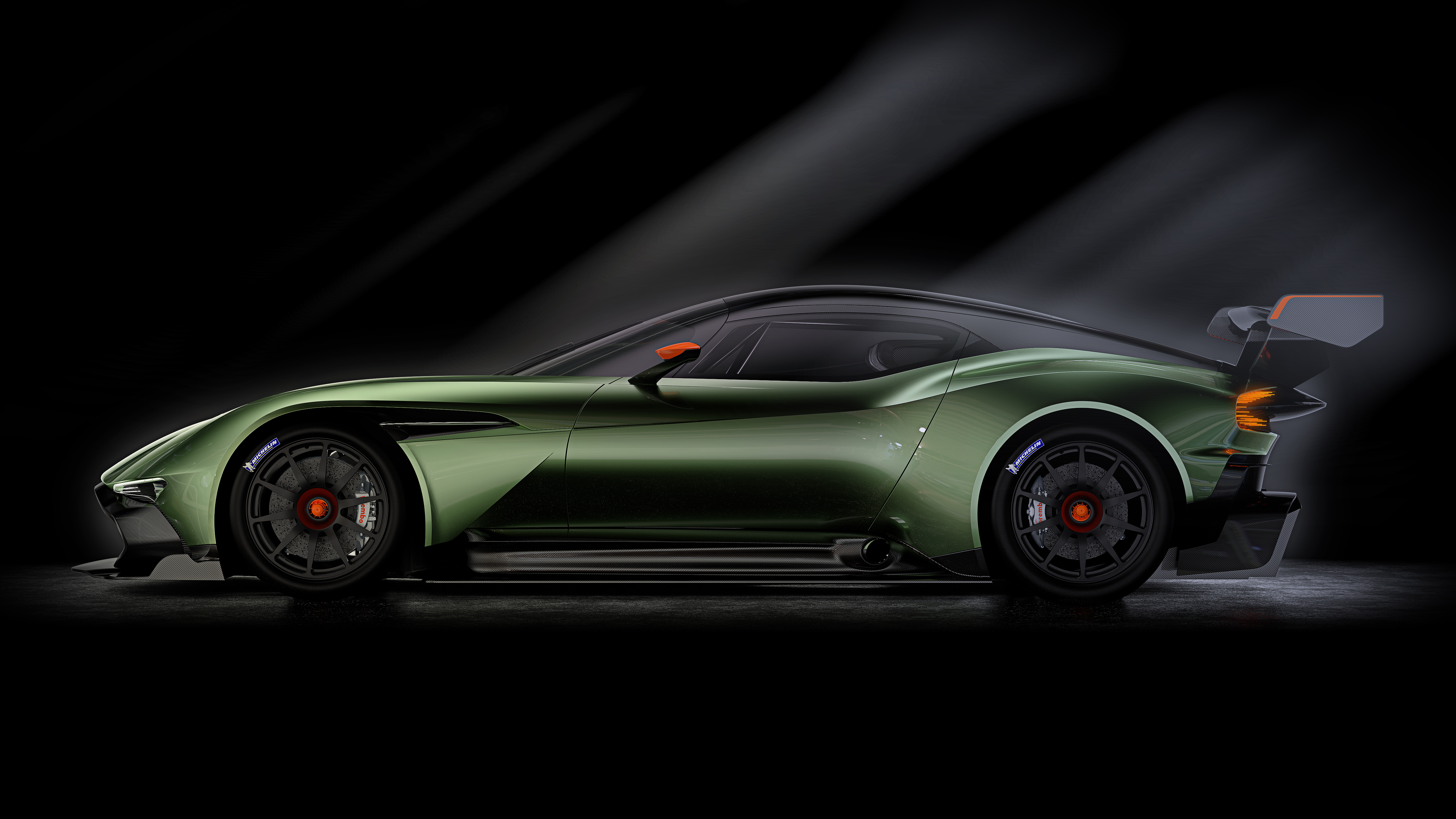 introducing the aston martin vulcan a track only supercar automotive rhythms. Black Bedroom Furniture Sets. Home Design Ideas