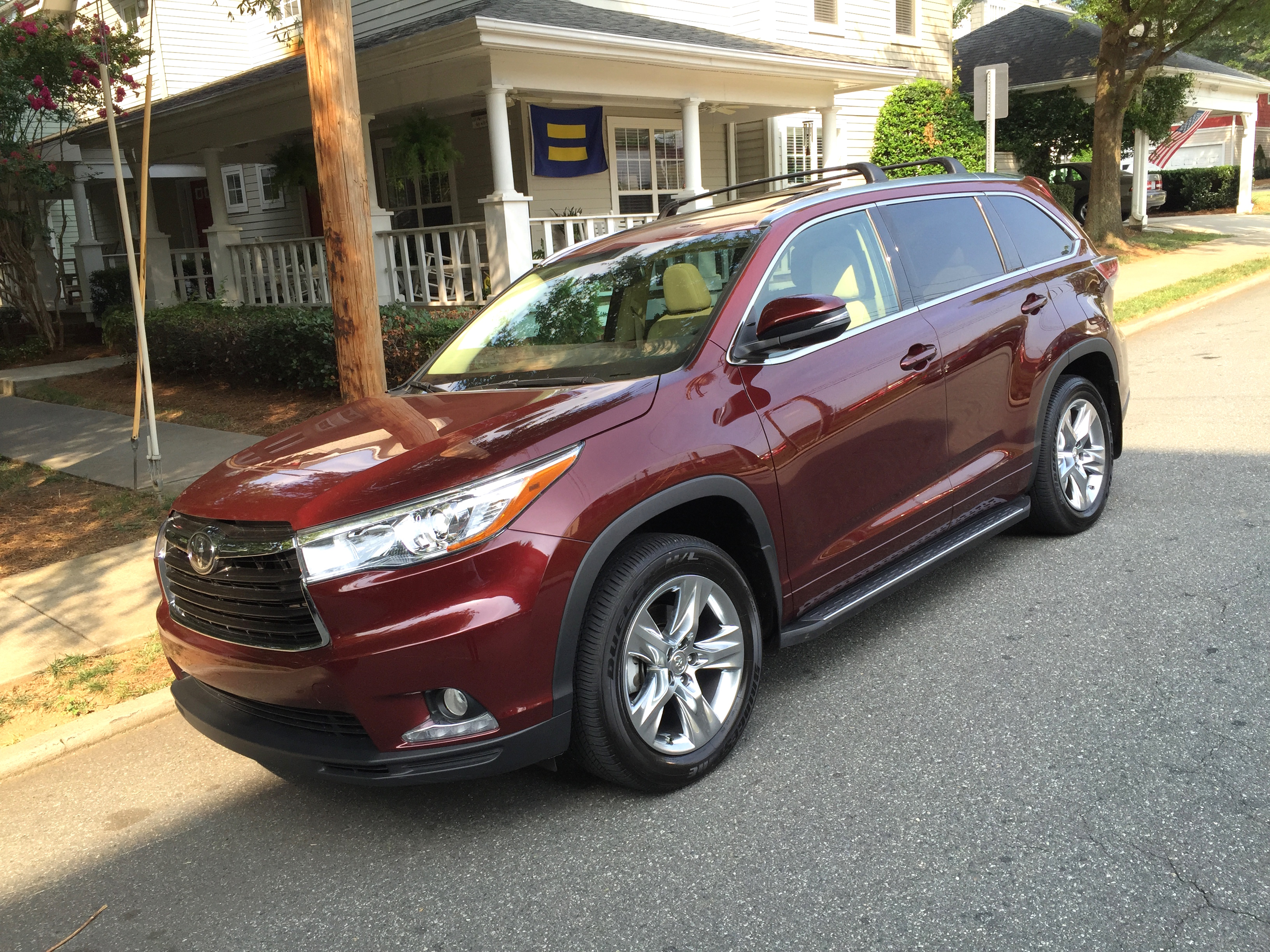toyota msrp photos and highlander hybrid information zombiedrive