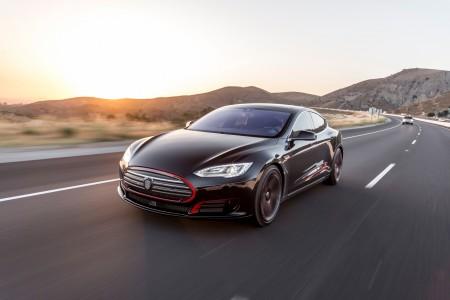 STRUT introduces  Grille Collection for 2015 Tesla Model S