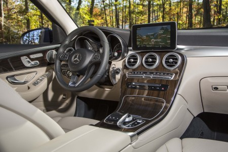 2016 Mercedes-Benz GLC: Image Gallery