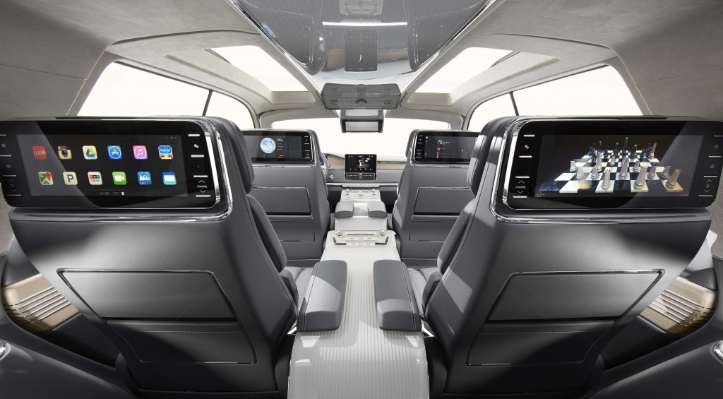 In the cabin, head restraint monitors provide passengers Wi-Fi connectivity, allowing them to wirelessly share music and content from personal devices.