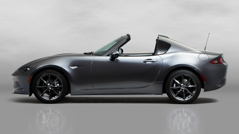 The Mazda MX-5 RF (PRNewsFoto/Mazda Motor Corporation)