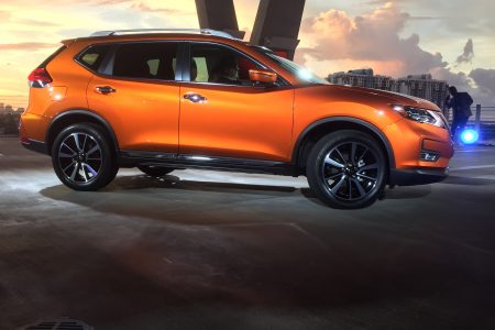 2017 Nissan Rogue Introduced at Miami Auto Show
