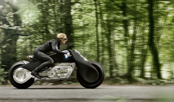 BMW Group Future Experience: BMW Motorrad and the VISION NEXT 100