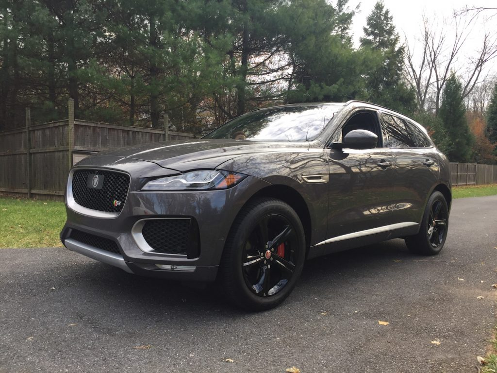 2017-jaguar-f-pace-s_grey