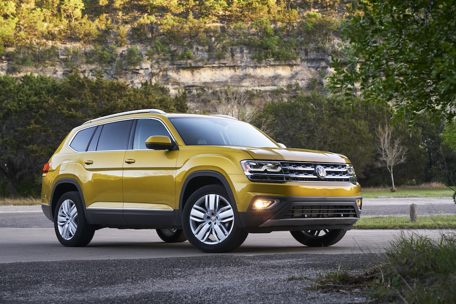 2018 volkswagen atlas active on the go family style automotive rhythms. Black Bedroom Furniture Sets. Home Design Ideas