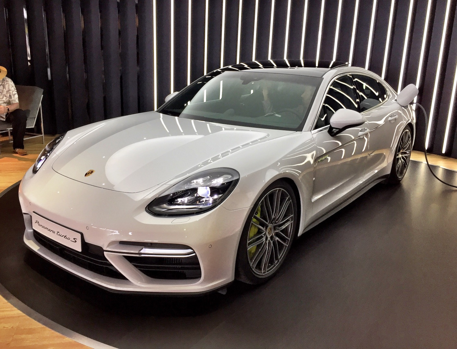 100 gray porsche panamera 2014 porsche panamera s e hybrid weissach used porsche panamera. Black Bedroom Furniture Sets. Home Design Ideas