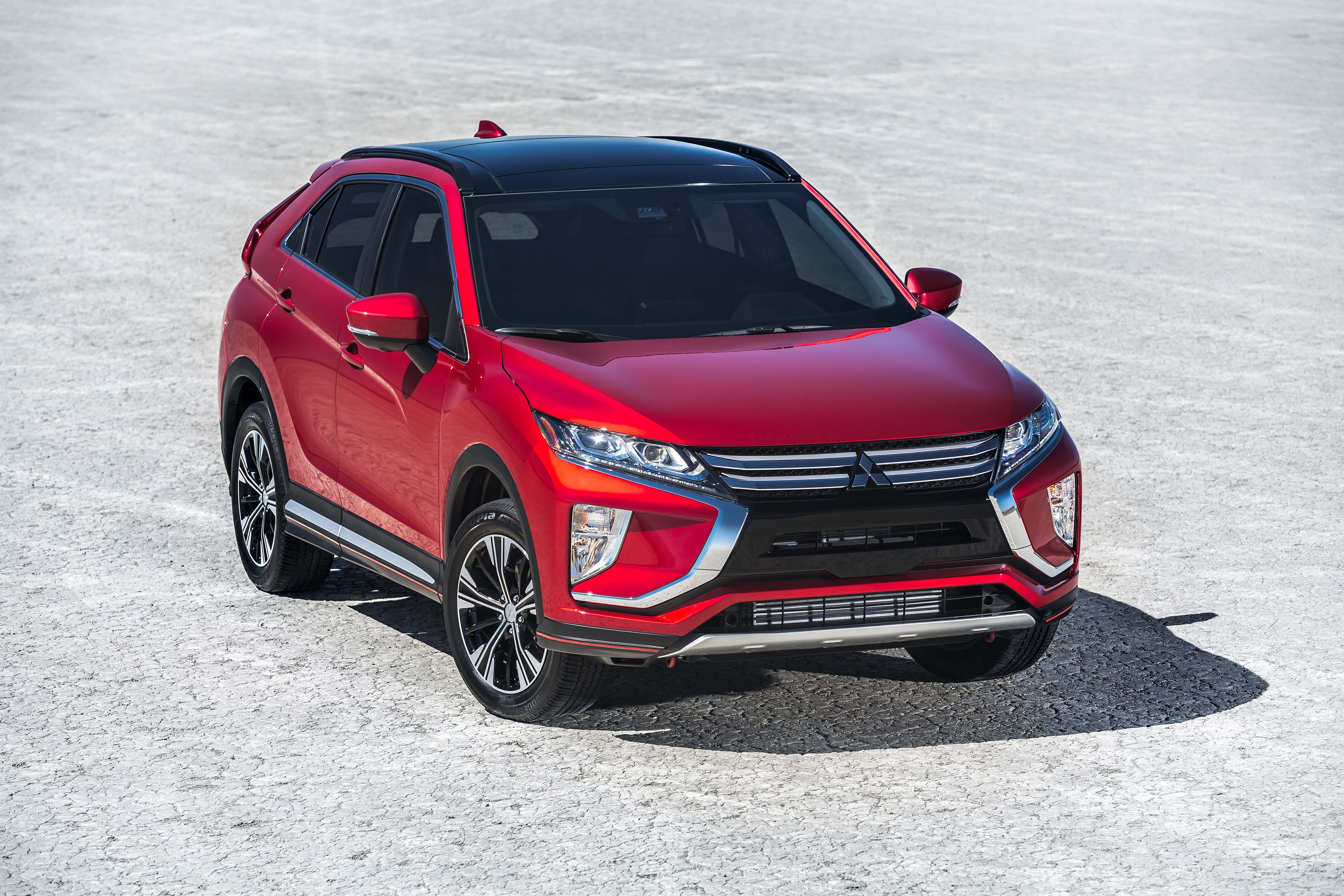 2018 mitsubishi eclipse cross automotive rhythms. Black Bedroom Furniture Sets. Home Design Ideas