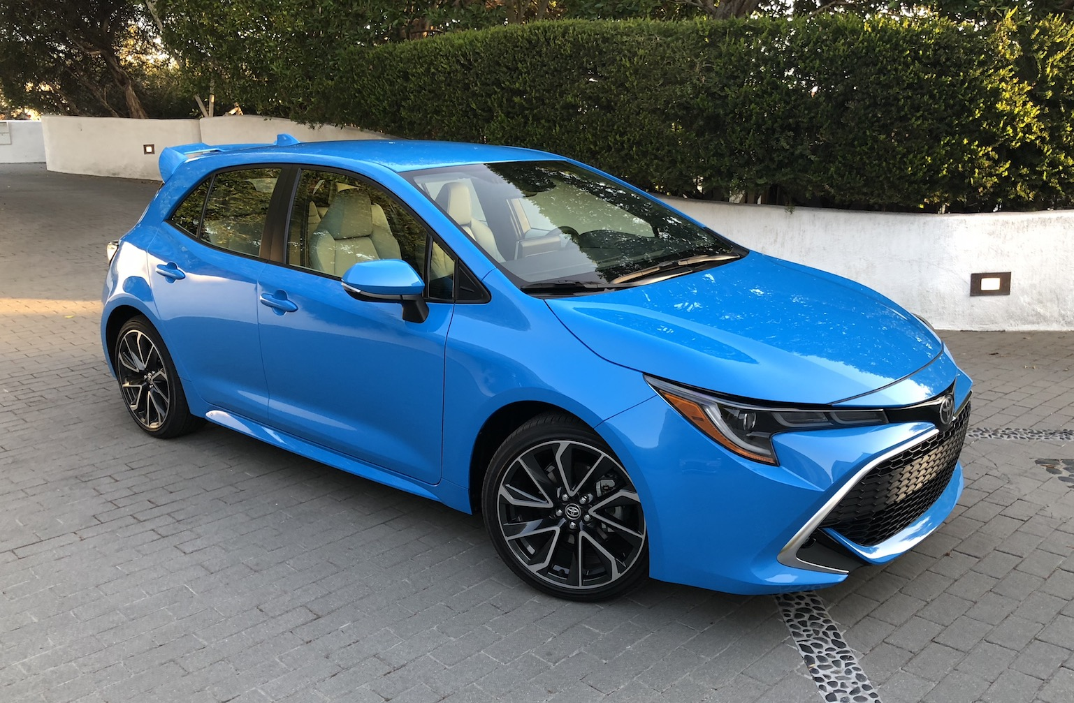 2019 toyota corolla hatchback automotive rhythms. Black Bedroom Furniture Sets. Home Design Ideas