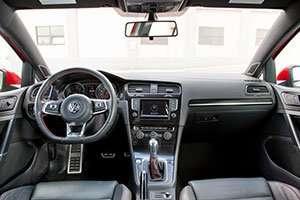 2014-VW-Golf-interior_inline
