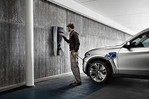 BMW-Concept-X5-Plug-in-plugs_inline