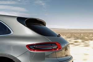 2015-Porsche-Macan-back_inline