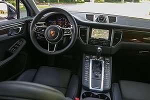 2015-Porsche-Macan-console_inline