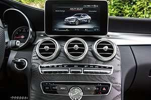 2015-Mercedes-Benz-C-Class-dash_inline