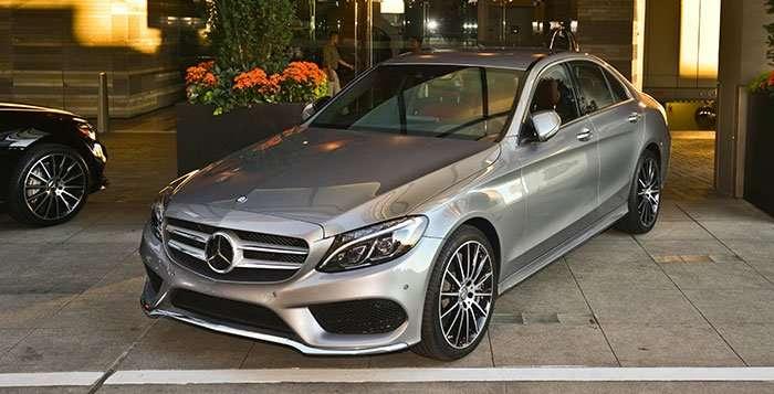 2015-Mercedes-Benz-C-Class_head