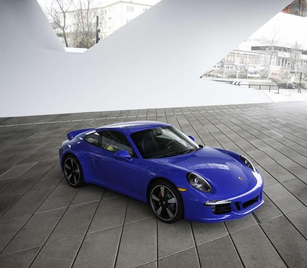 Porsche-GTS-Club-Coupe
