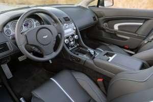 2015-Aston-Martin-V12-Vantage-S-Roadster-Blue..31