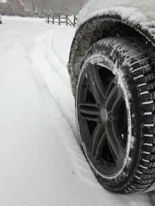 Audi-Q7-quattro-Pirelli-Scorpion-Winter-Tires