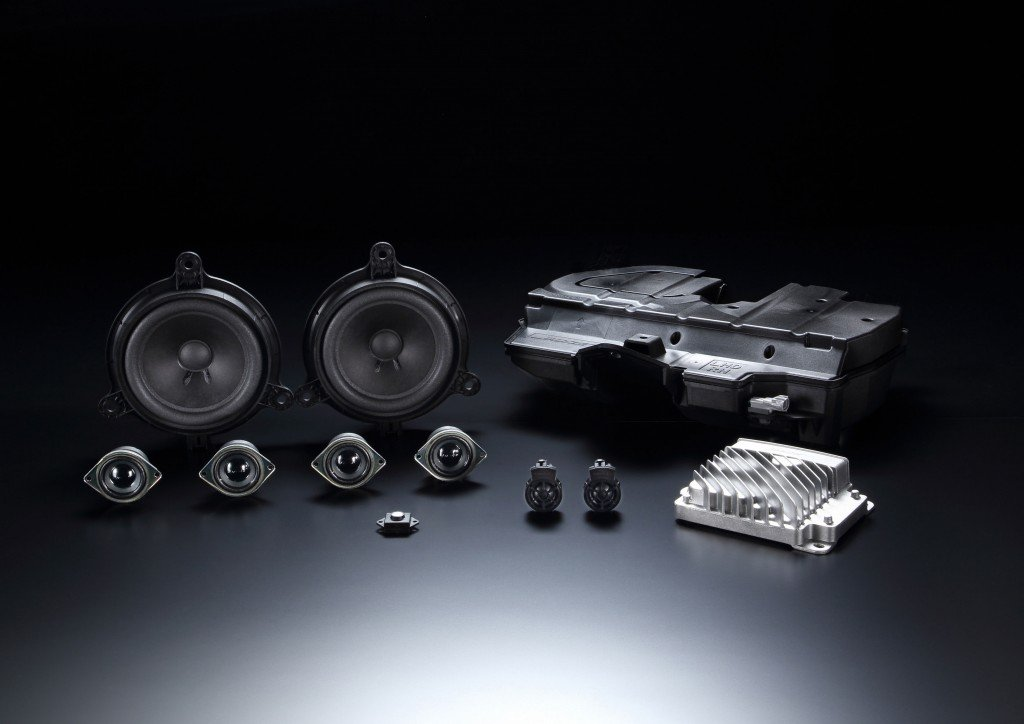 1Bose_sound_system_parts_for_the_2016_Mazda_MX-5