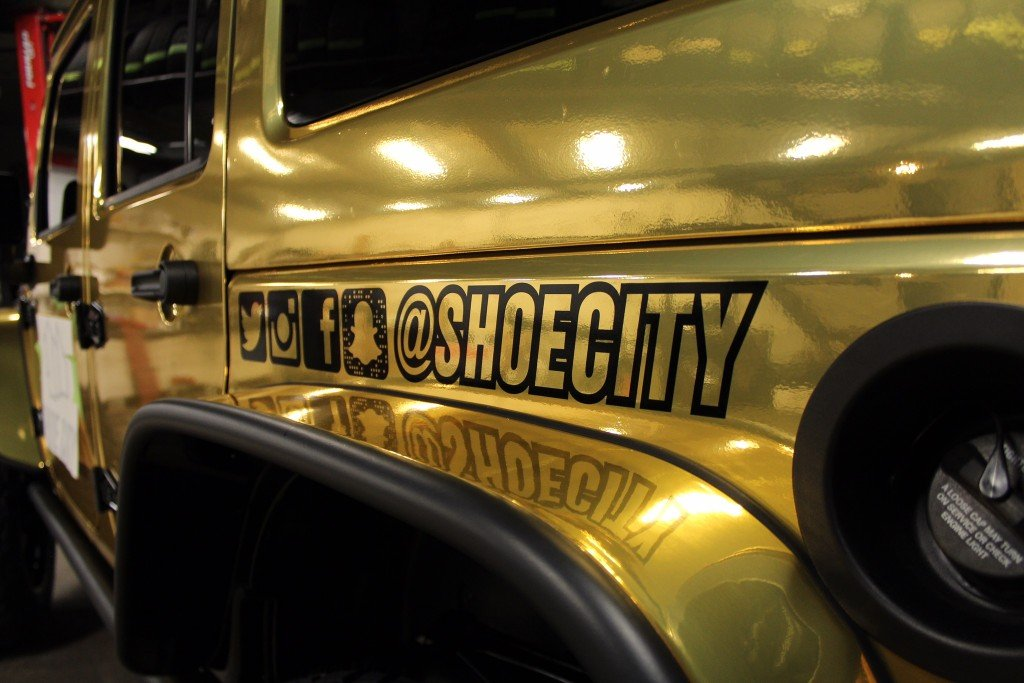 Custom_Shoe-City_Jeep_Wrangler_Sport_Unlimited_No-Limit_Gold