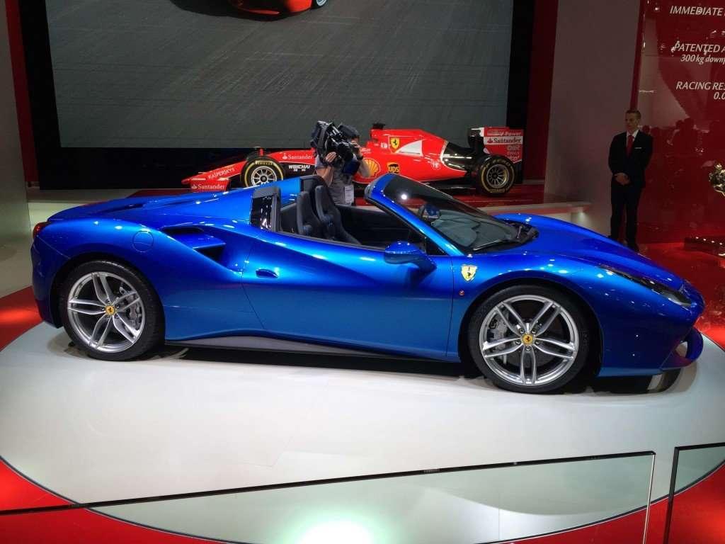 1 Ferrari_488_Spider...15