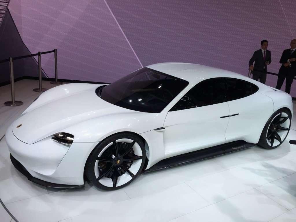 Porsche Mission E Concept Car | AUTOMOTIVE RHYTHMS