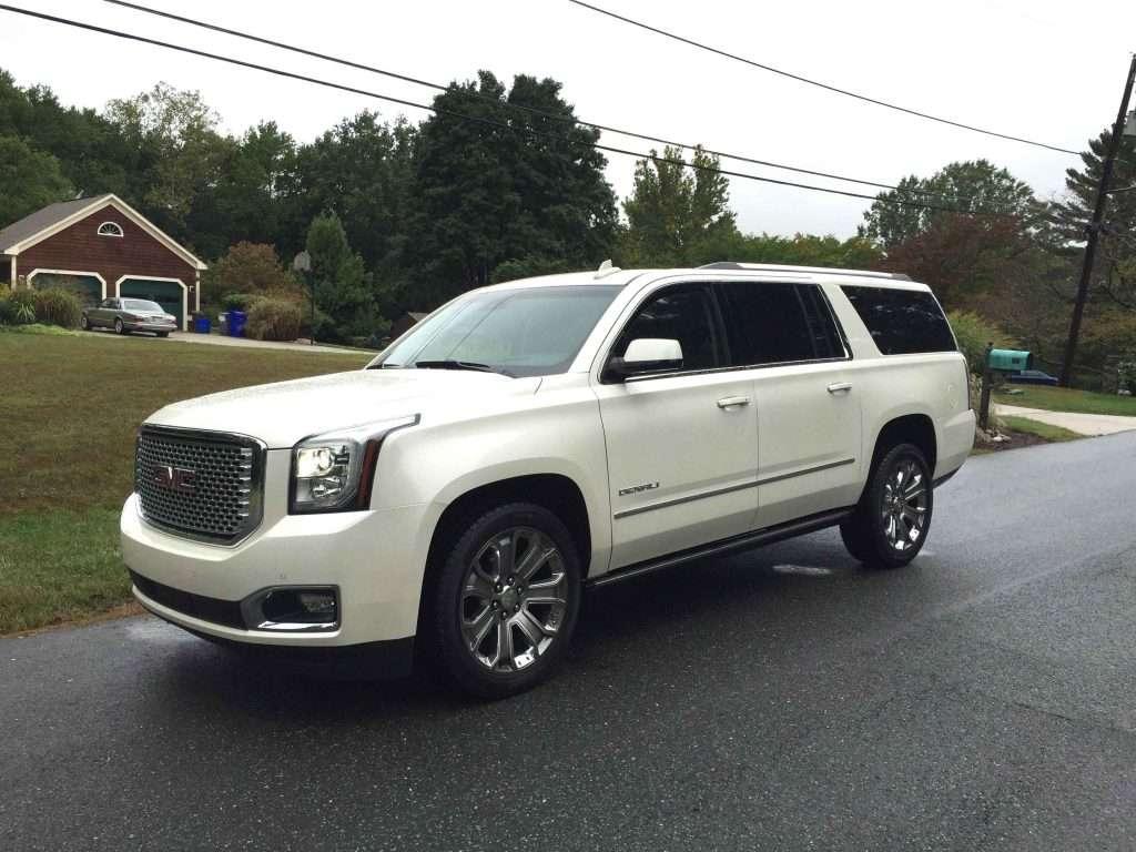 2015-GMC-Yukon-XL-Denali-White