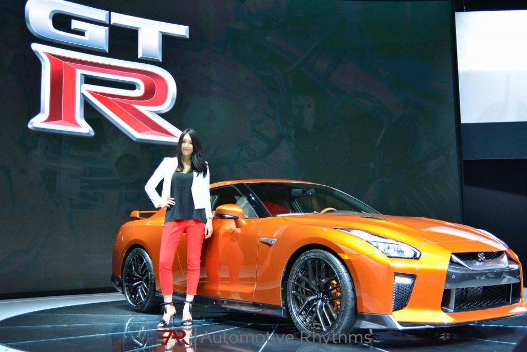 2016 New York Auto Show Nissan GTR (1)