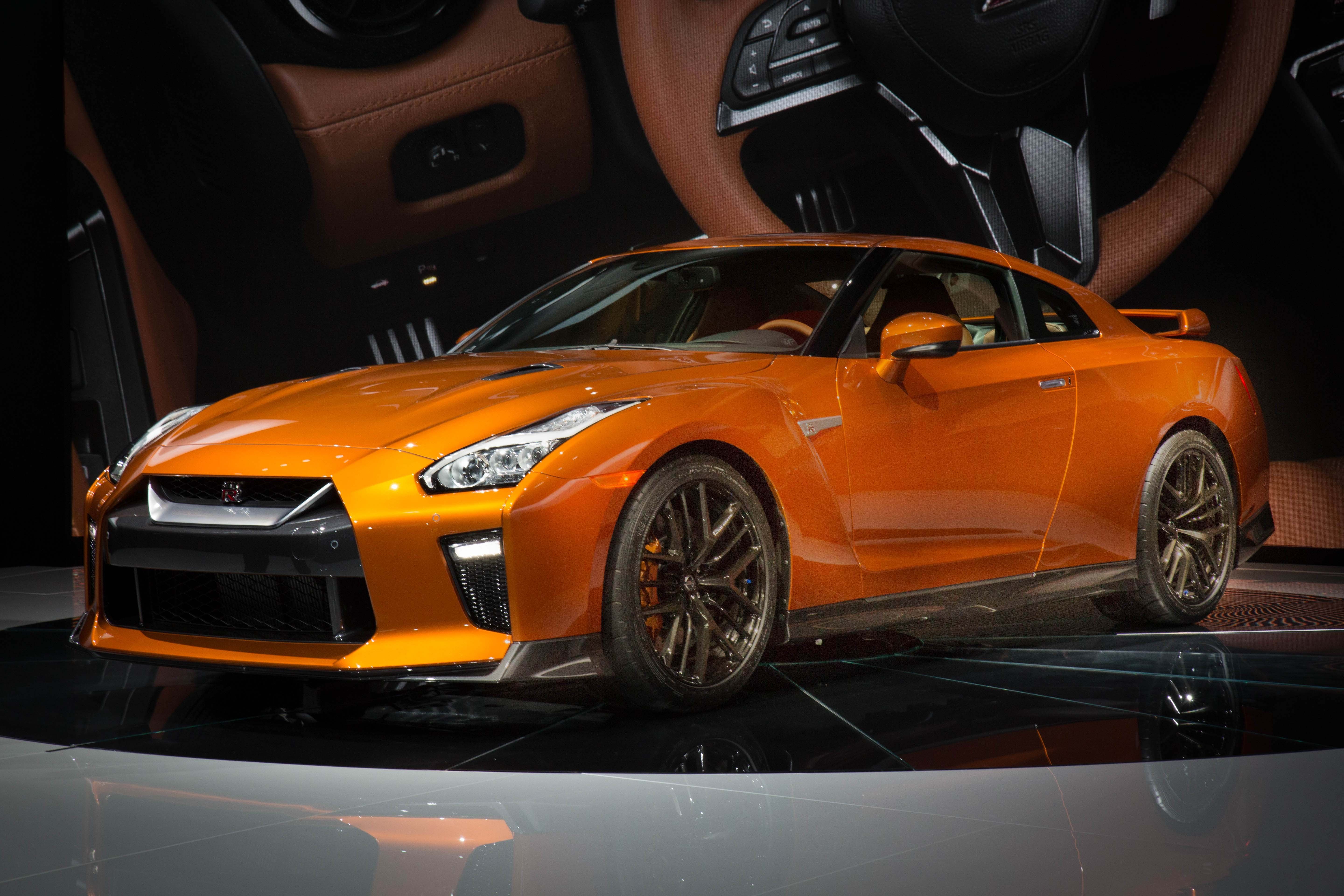 2017 Nissan GT-R Debuts At The 2016 New York International