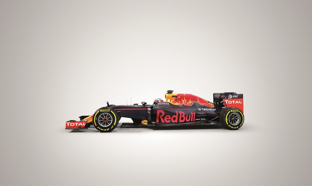 Aston_Martin_Red_Bull_Racing_Hypercar_1