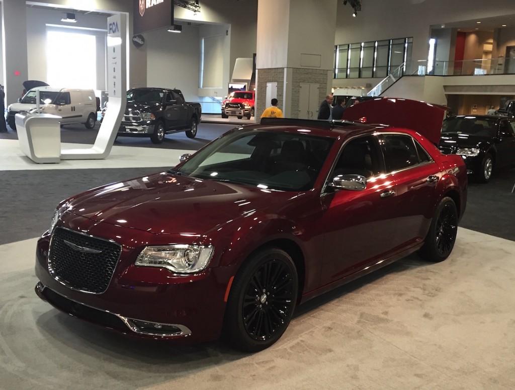 Chrysler_300_Mopar