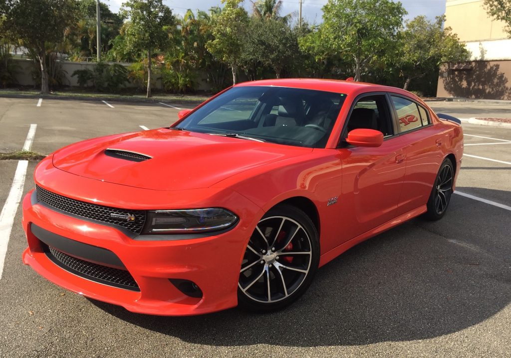 2016-dodge-charger-rt-scat-pack_go-mango_