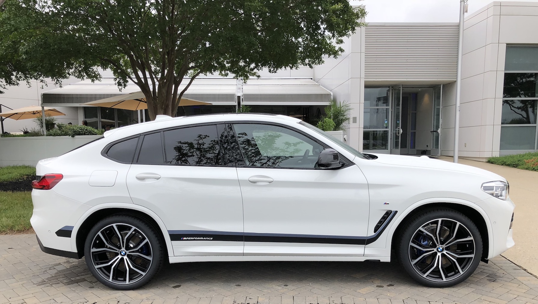 2019 bmw x4 sports activity coupe elevated athleticism. Black Bedroom Furniture Sets. Home Design Ideas